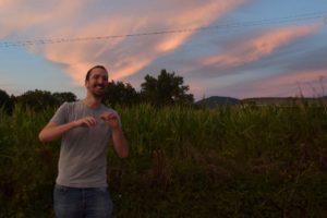 'Larra  Bideak'  izeneko  diskoa  argitaratu  du  Iñaki  Larraiozek