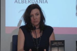 Sandra  Labastieren  'Tximeleten  eternitatea'  liburua  euskaratu  dute