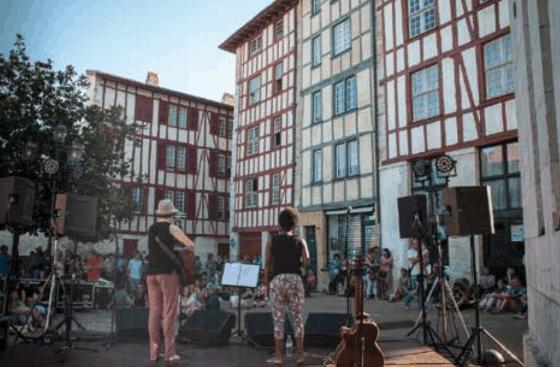 50  musikarik  hartuko  dute  parte  bihar,  Baionako  Musikaren  Bestan