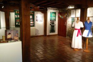 'Emakumeak  eta  Euskal  Pilota'  erakusketa  ikusgai  Simon  Bolivar  Museoan