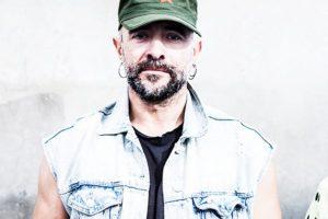 """Iñaki  Ziarrusta:  """"Erreserbako  indioak  izaten  jarraitzen  dugu"""""""