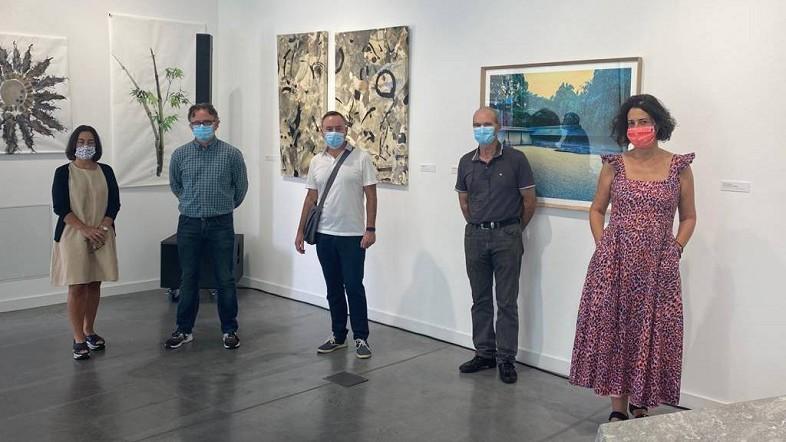 Javier  Landeras,  Laura  San  Juan  eta  Mikel  Lertxundiren  lanak  ikusgai  Bosteko  erakusketa  ibiltarian