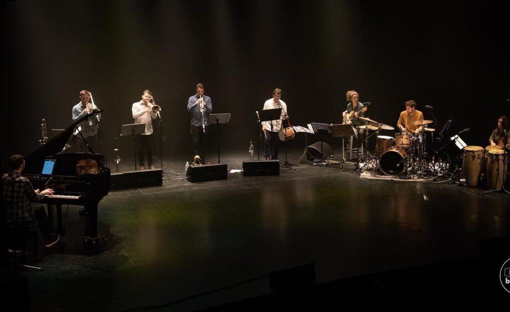 Aldapeko  Basque  Latin  Jazz  taldeak  'Iri  barrenetik'  diskoa  plazaratu  du