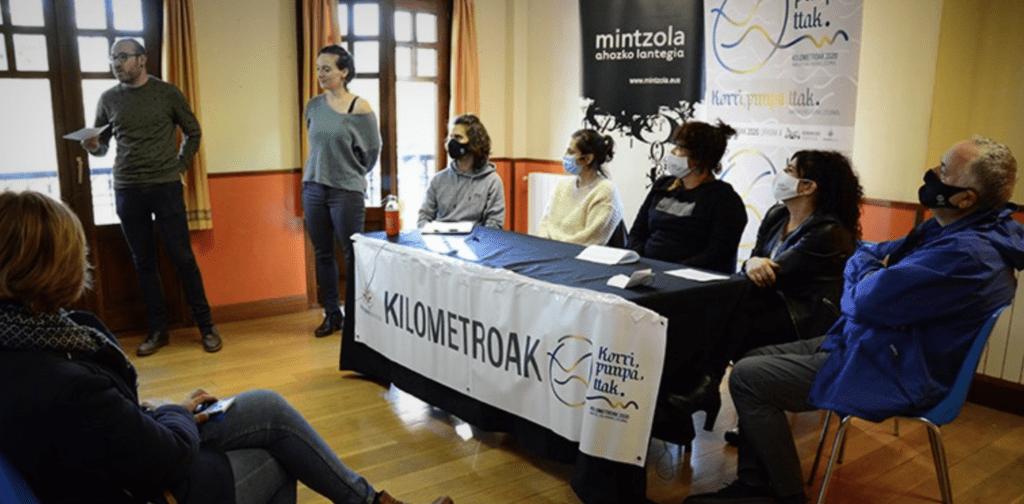 Harituz  Tolosaldeko  Bertsozaleen  Elkarguneko  kideek  'Aiztondoren  zirtotsa'  lana  aurkeztuko  dute  ostegunean