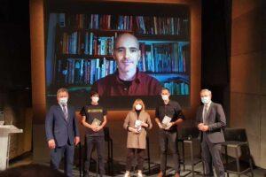 Alex Gurrutxaga, Txani Rodriguez, Javier de Isusi, eta Mikel Reparaz dira Euskadi Literatura Sarietako gainontzeko lau sarituak